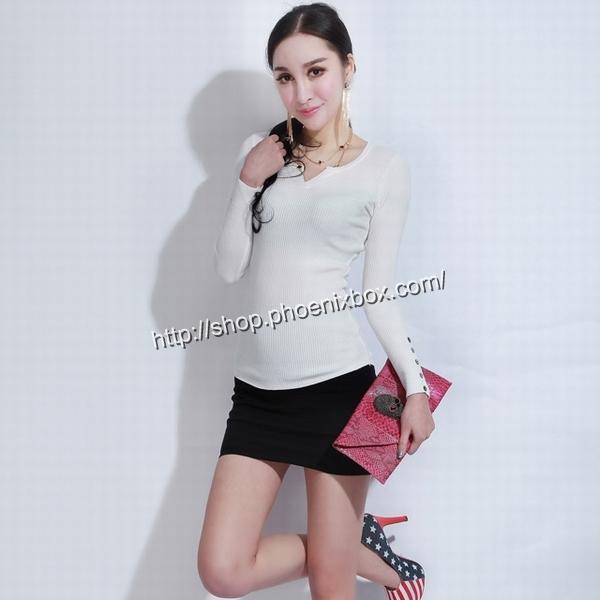 エロ下着の通販商品:タイトスカート・黒E1112・素人着用写真1