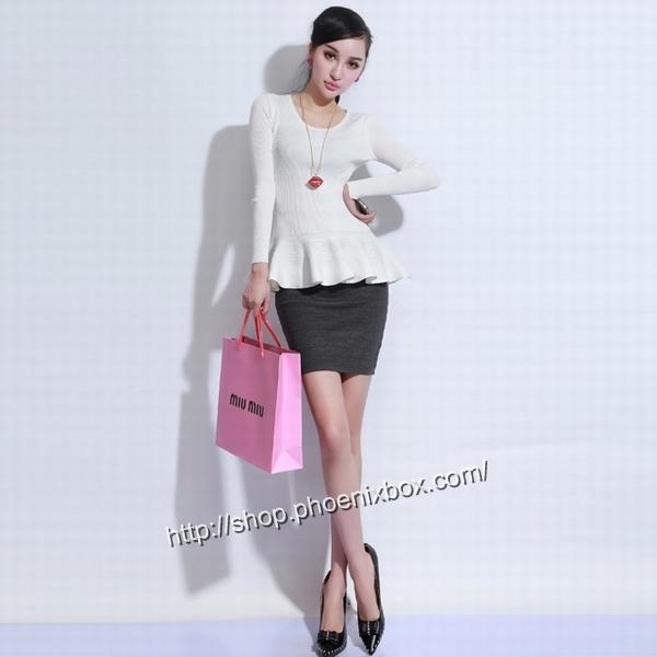 エロ下着の通販商品:タイトスカート・グレーE1112・素人着用写真6