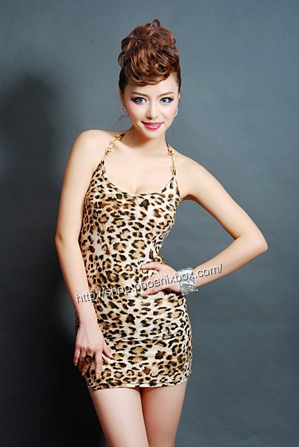 ボディコン通販商品:薄型ホルターネック・ボディコン・豹柄E5011・イメージ写真1