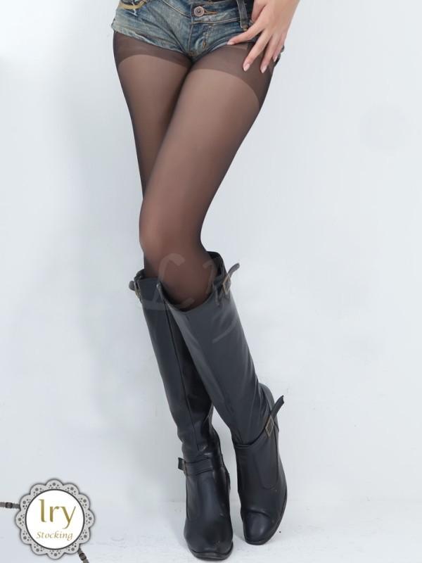 エロ下着の通販商品:ガーターストッキング風・パンティストッキング・黒2087・着用写真8