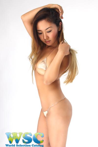 エロ下着の通販商品:光沢マイクロTバックビキニ52541・ベージュ・イメージ写真2