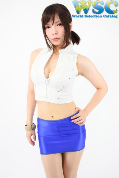 エロ下着の通販商品:25cm丈光沢スカート・ブルー528001・イメージ写真1