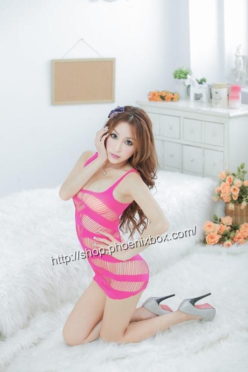 エロ下着の通販商品:ボディコン風ボディストッキング・ローズ・イメージ写真3