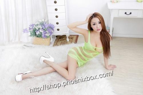 エロ下着の通販商品:ボディコン風ボディストッキング・グリーン・イメージ写真4