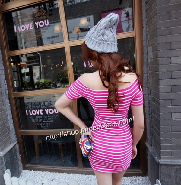 ボディコンの通販商品:肩露出ボディコン・ローズ色ボーダー柄・イメージ写真2